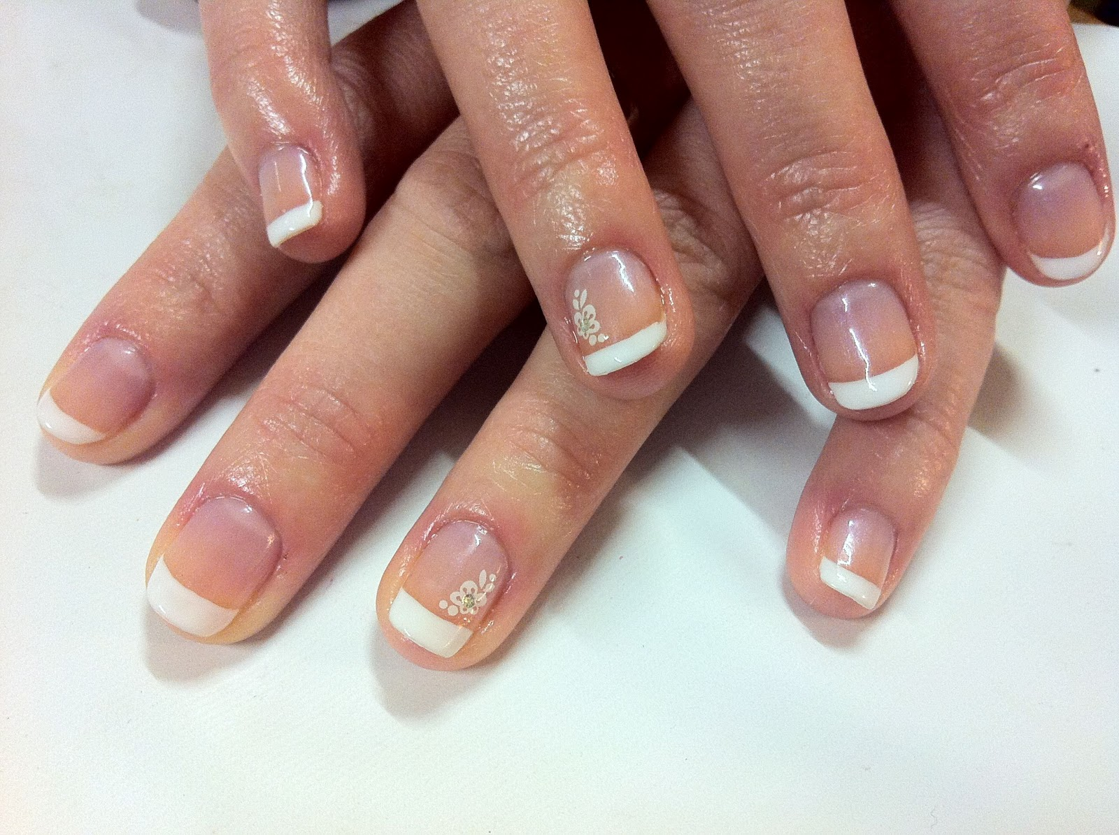 Viva la nails CND Shellac french manicure and flower stickers WS02